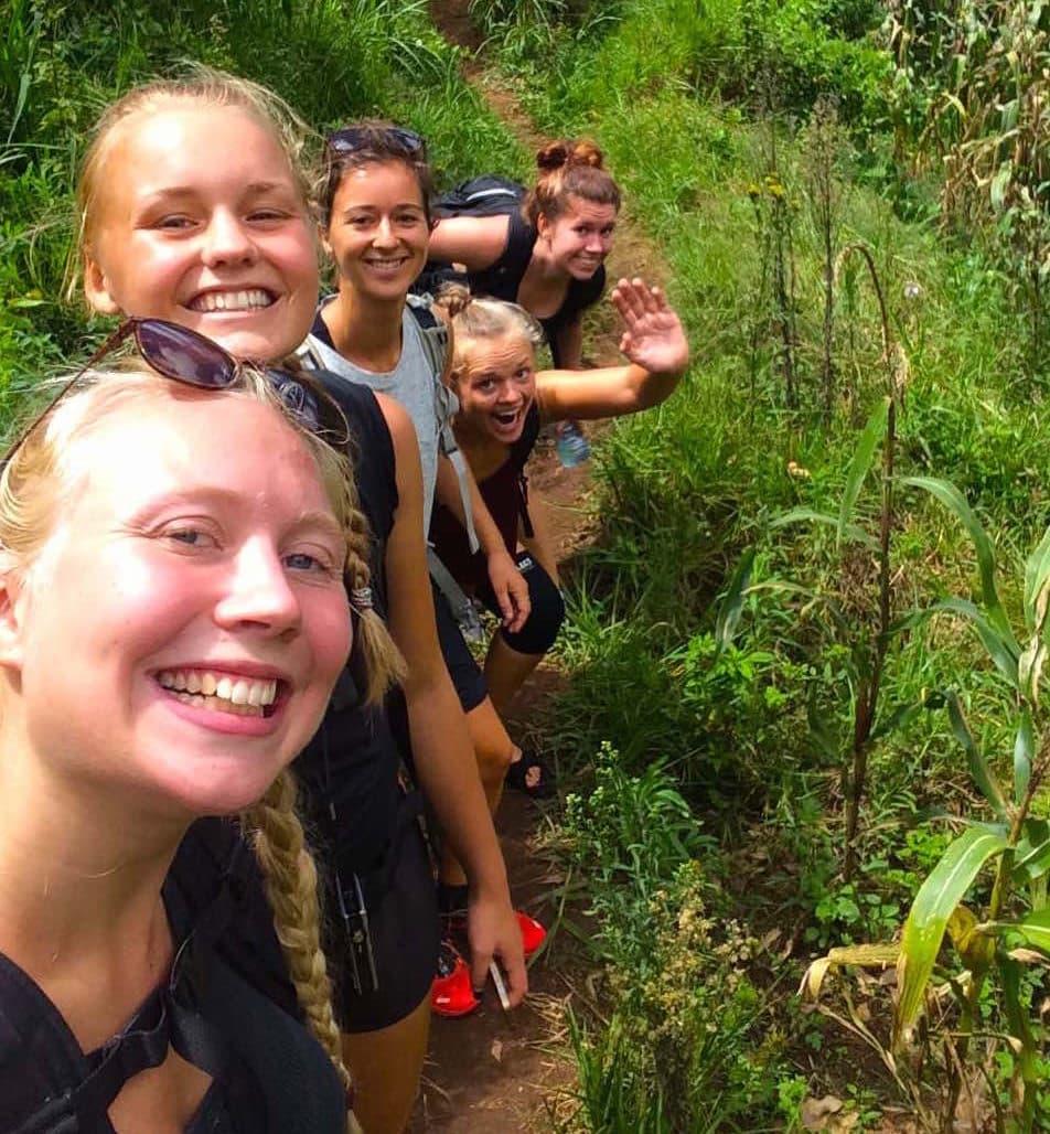 Adventure-hiking