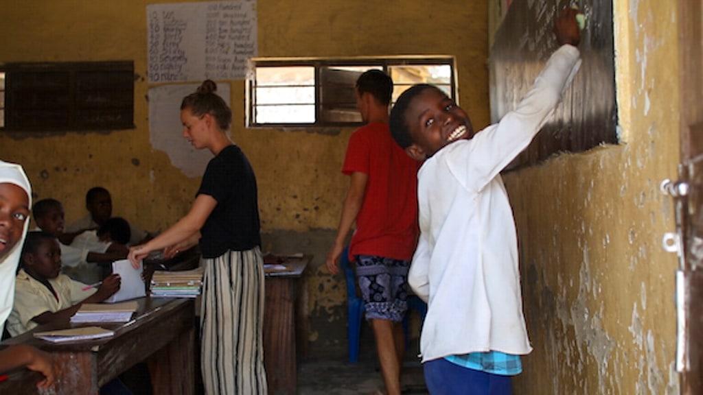 Frivilligt arbejde Afrika Zanzibar Højskolen Hands on Zanzibar engelsk undervisning-