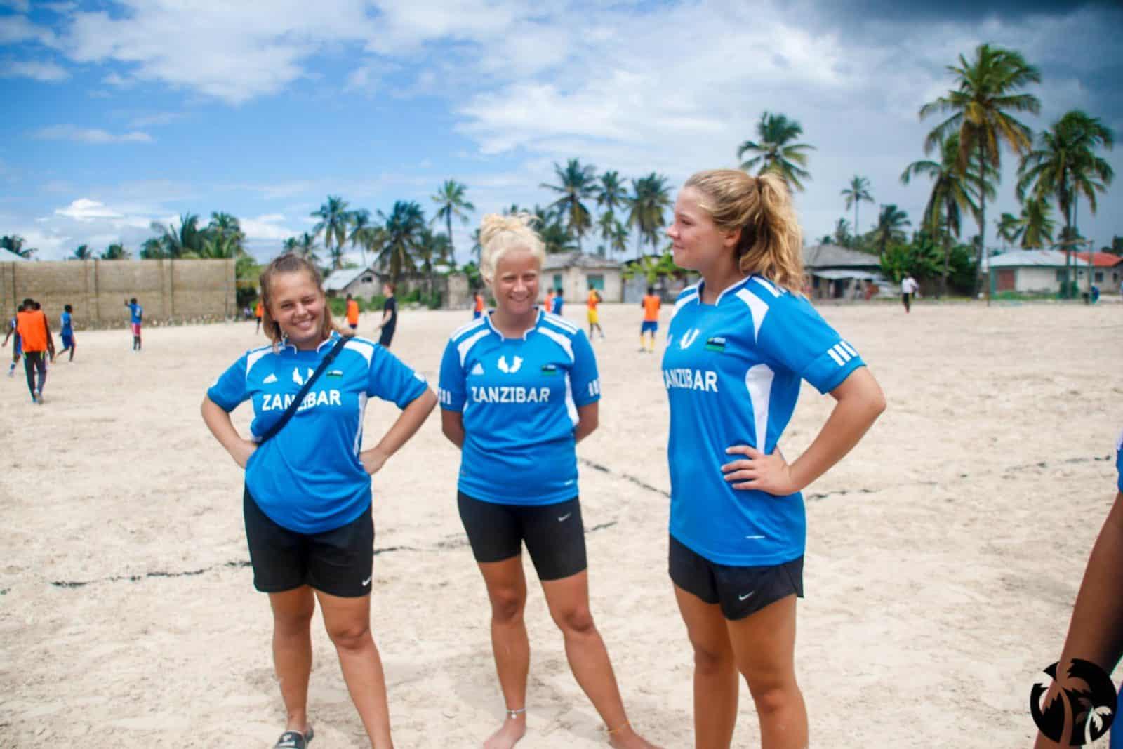 Frivilligt arbejde - Sportsdag 2 - Højskole i udlandet - Zanzibar Højskolen Afrika_-6