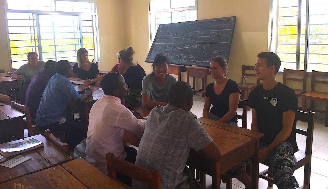 Frivilligt arbejde i udlandet engelsk undervisning Zanzibar Højskolen Højskole i udlandet