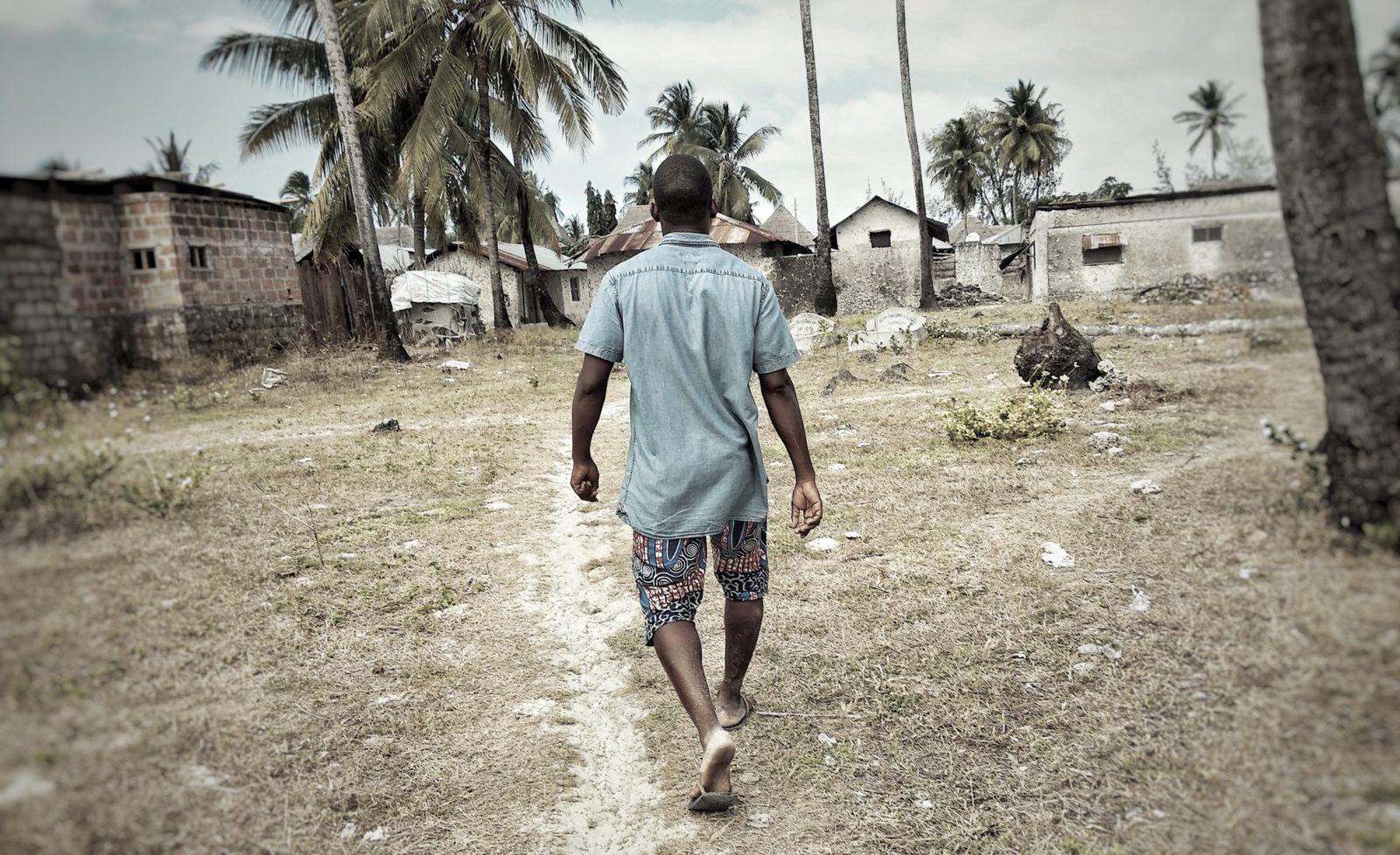 Mustafa elsker historie – tag med på rundvisning i Jambianis gader